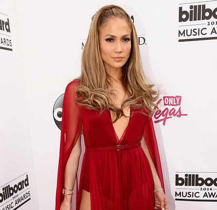Jennifer Lopez in Donna Karan | 2014 Billboard Music Awards