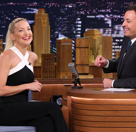 Kate Hudson in Roland Mouret | 'The Tonight Show starring Jimmy Fallon'