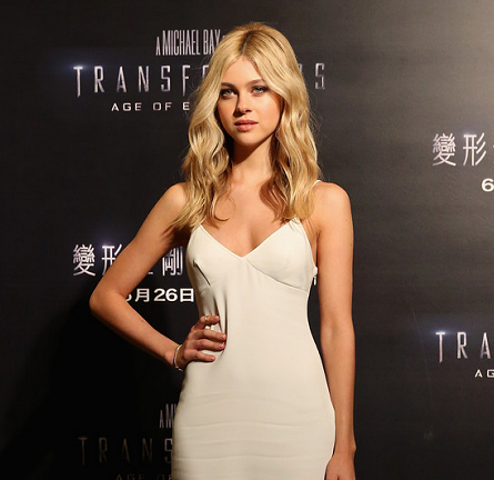 Nicola Peltz in Stella McCartney | 'Transformers: Age of Extinction' Hong Kong Photocall