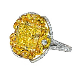 Jacob & Co. Yellow Diamonds and White Gold Cocktail Ring