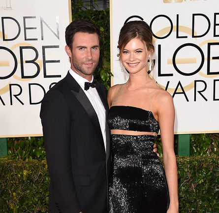 Adam Levine in Dior Homme & Behati Prinsloo in KAUFMANFRANCO | 2015 Golden Globes