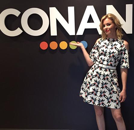 Elizabeth Banks in Tanya Taylor | 'CONAN'