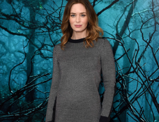 Emily Blunt in Ann Taylor   'Into The Woods' London Photocall