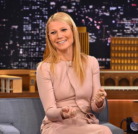 Gwyneth Paltrow in Elie Saab | 'The Tonight Show Starring Jimmy Fallon'