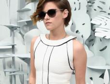 Kristen Stewart in Chanel | Paris Couture Fashion Week: Spring 2015 – Front Row at CHANEL