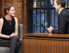 Kristen Stewart in Sandro | 'Late Night with Seth Meyers'