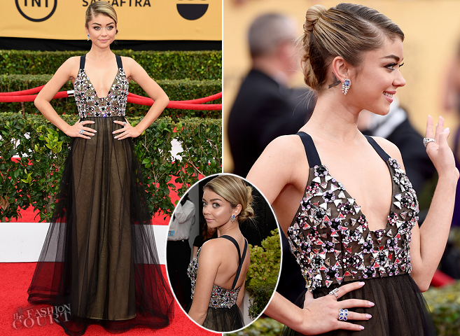 Sarah Hyland in Vera Wang | 2015 SAG Awards