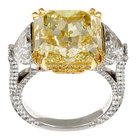 Chopard High Jewelry Yellow Diamond and Diamond Ring Set in 18k Yellow and White Gold