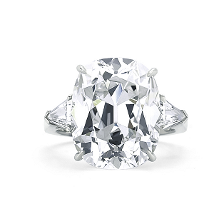 Forevermark 6.06 ctw Solitaire Diamond Ring with Cushion Cut Forevermark Diamond set in Platinum