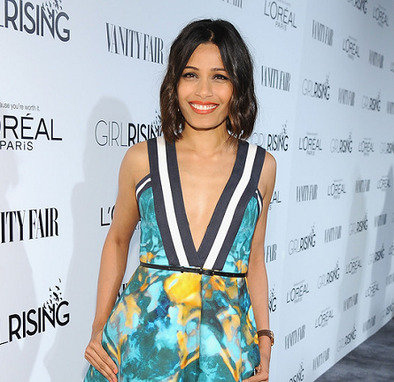 Freida Pinto in Elie Saab | VANITY FAIR & L'Oréal Paris D.J. Night