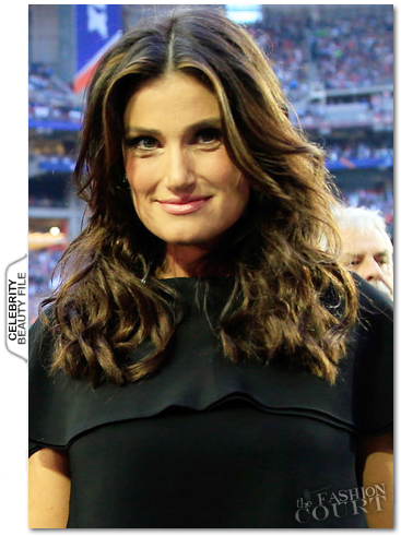 Get The Look: Idina Menzel's Superbowl 49 Wavy Tresses!