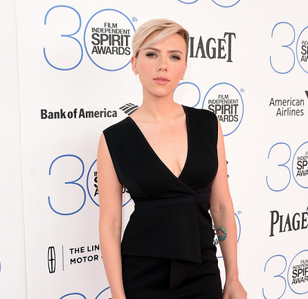 Scarlett Johansson in Bec & Bridge | 2015 Film Independent Spirit Awards