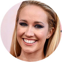 Anna Camp in Three Floor | 2015 iHeartRadio Music Awards