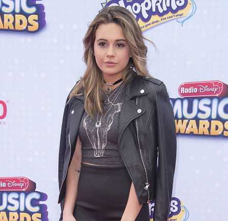 Bea Miller in Truly Madly Deeply & Zara | 2015 Radio Disney Music Awards