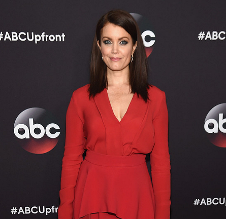 Bellamy Young in Sportmax | ABC Upfronts 2015