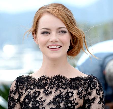 Emma Stone in Oscar de la Renta | 'Irrational Man' Photocall - 2015 Cannes Film Festival