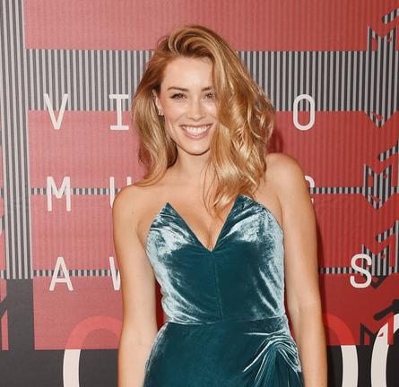 Arielle Vandenberg in Cushnie et Ochs | MTV VMAs 2015