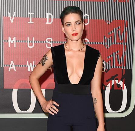 Halsey in Galvan | MTV VMAs 2015