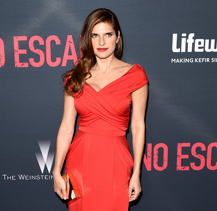 Lake Bell in Vionnet | 'No Escape' LA Premiere