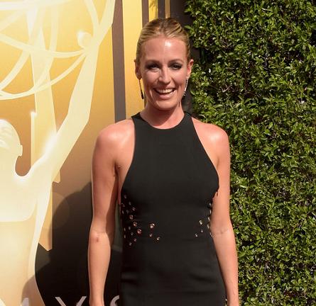 Cat Deeley in Mugler   2015 Creative Arts Emmy Awards