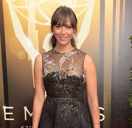 Rashida Jones in Valentino | 2015 Creative Arts Emmy Awards