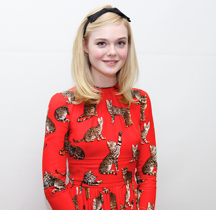 Elle Fanning in Dolce & Gabbana | 'The Neon Demon' Beverly Hills Photocall