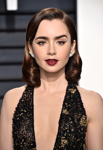 Get The Look: Lily Collins' Hairstyle at the 2017 Vanity Fair Oscar Party
